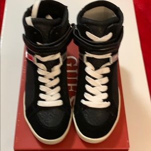 Guess Perina4 Wedge Sneaker-  Black